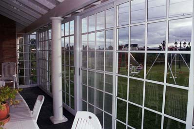 Cerramientos de vidrio repartido for Cerramiento vidrio